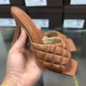 Com Box sapatilha Casual Shoes Formadores Moda Esportes sapatos de alta qualidade de couro botas sandálias Vintage Mulher B1805 Air Para