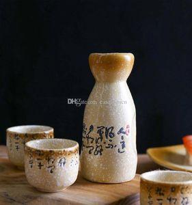 Antique Sake ceramica Set con un aumento della temperatura e il vassoio dipinto a mano nero calligrafia cinese modello vintage giapponese Saki Serving regalo
