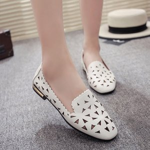 Mulheres de Sapatos macia Sandals Casual Loafers Feminino Moda oco Mocassins Rodada Toe Slip On respirável Comfort Ladies Shoes