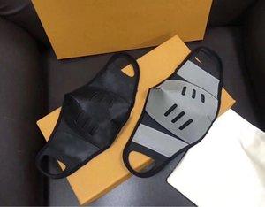 Diseñador Negro de cuero marrón Máscara mitad de la cara, impresión con monograma de moda los accesorios del traje mascarilla con bolsa y el cuadro