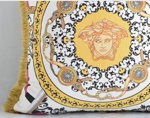Nuevo estilo de la funda de almohada de terciopelo holandesa a doble cara Impresión del medio ambiente borla de almohada estilo europeo Villa Villa cojín del sofá fijó 277
