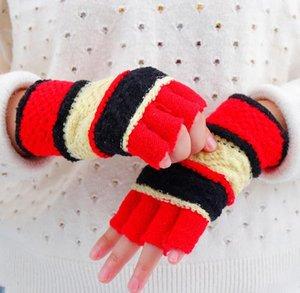 Five Fingers Guanti inverno donna Stripe mezzo guanto studenti all'ingrosso moda con spessi guanti a maglia caldi trasporto di goccia