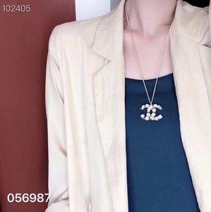 2020 collar de cuentas de diseñador diseñador de joyas mejores mujeres colgante prom venta de alta calidad carta formal de diseño de lujo collar con la caja