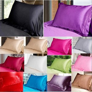 Taie d'oreiller en soie de couleur unie Pillowcases bonbons Mode Sofa Throw Coussin en satin de soie Taie d'oreiller Accueil Bureau Hôtel Décoration GWD718