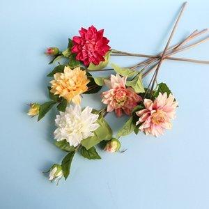 2Heads Artificial Blumenstrauß Dahlien Silk Dekorative Daliy Blumen-Hintergrund-Wand-Dekor DIY Weg führte Wedding Bouquet
