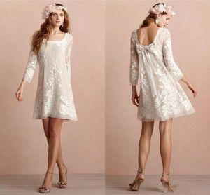 2020 Mini Short Bohemian Wedding Dresses Square Neckline Long Sleeves Backless Wedding Dress Appliqued Lace Boho Beach Bridal Gowns