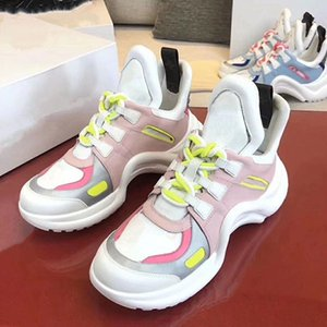 2020e high-end men and women exquisite embroidered letters low-top casual sports shoes, high-quality fashion wild couple party shoes ia10