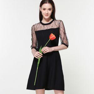 Pop2019 Spring Xia Damen Split Joint europäischen Damenmuster Strick Spitzenkleid