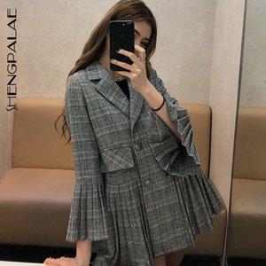SHENGPALAE 2020 Nueva primavera y verano da vuelta-abajo de la llamarada de la manga de la tela escocesa plisada traje coreano de la manera mujeres sueltan la vendimia Escudo FN071