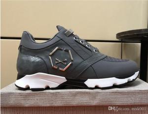 Hommes cuir sneakers style punk Runner, PP Chaussures Casual décorées avec Iconic Crâne en métal pour le temps libre Taille 38-45 FW05