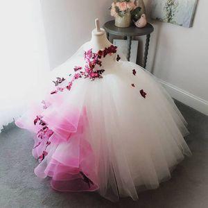 2018 Çarpıcı Dantel İnciler Çiçekler Çiçek Kız Elbise El Yapımı Çiçekler Küçük Kız Gelinlik Vintage Pageant Elbiseler Abiye F054