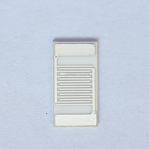 Серебристые электроды с встречными датчиками Массивы конденсаторов с медицинскими датчиками Датчик газа Газовый глинозем Керамическая толстая пленка IDE Ag Чип (7–13,4 мм)