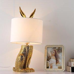 Moderna Tabella oro Lampada Lustre design Light Fixtures Soggiorno Camera da letto Comodino Office Art Decor Illuminazione paralume del tessuto