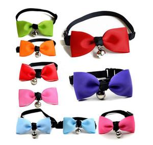 Réglable Pet Bow Tie chiot chaton Cloches cravate petit chien mignon collier Bowtie Colliers Laisses Pet Ornements 37 Designs en vrac Stock LQPYW1170
