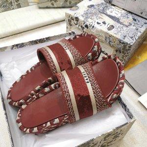 Designer Shoes Plataforma algodón burdeos bordada oblicua mulas 5cm cuña sandalias de las diapositivas de las mujeres de lujo
