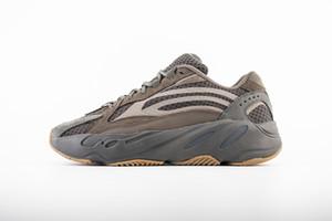Los últimos Kanye West 700 V2 Wave Runner Zapatos Hombres Mujeres zapatillas de deporte de los zapatos corrientes estáticas 3M calidad superior de la zapatilla de deporte Deportes reflectante US11.5