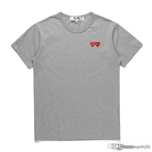 2018 COM yüksek Kaliteli tasarımcı Erkek Kadın CommeS Gri Yeni Işlemeli Çift Kalp kısa Kollu T-Shirt Nakış Kırmızı Kalp Tee