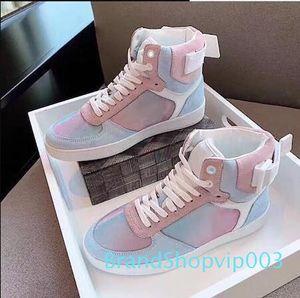 Erkekler ve Kadınlar Düşük üst ayakkabı Deri C22 01 2020 Tasarımcı Rivoli Sneaker Boot Yüksek Eğitmenler Boot