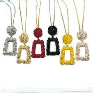 2020 Primavera-Verão Simples Formas Geométricas Pingente para mulheres cor do ouro do metal Colar longo Collier Femme Hot Bijuterias