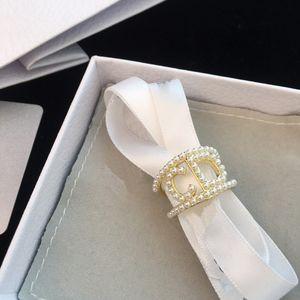 C1496European ve Amerikan zarif tasarımı evlilik teklifi halka Mini boncuk ayarlanabilir halka dişi düğün kolokasyon lüks takı kabuk