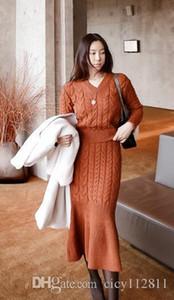 Pop2019 coreana de malha com decote em V Crochet Top Bag Hip Fishtail Skirt camisola Set