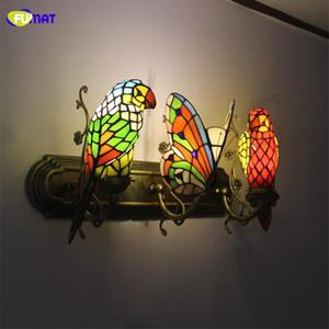 FUMAT Borboleta Lâmpada de Parede Artesanal Artes Parrot Manchado Luzes Da Sombra De Vidro Indoor Luz Corredor Bar Luzes Do Hotel Arandela