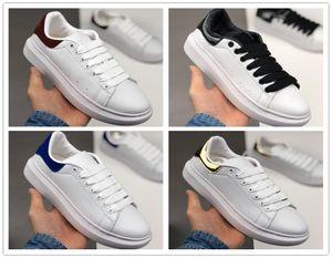 Couro 2020 nova temporada Sports Shoe Moda Mulheres sapatos masculinos Lace Up Platform Oversized Sole Sneakers arthur