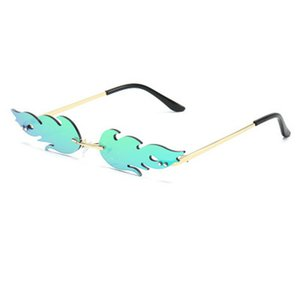 Llama gafas de sol con estilo fuego de llama Wave gafas de sol de las mujeres del ojo de gato del punk Gafas de sol de lujo Tendencia verde de neón de las lentes de la calle Gafas pyTgs