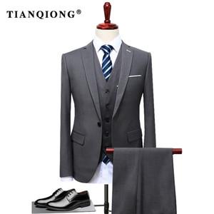 Tian Qiong 2019 Ünlü Marka Erkek Suits Düğün Damat Artı boyutu 4XL 3 adet (Ceket + Yelek + Pant) Dar Kesim Casual Tuxedo Suit Erkek T200319