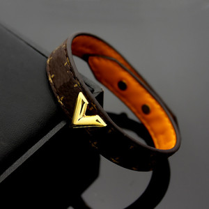 Joyería de lujo para mujer Diseñador de cuero Braceltes con lock de oro Logotipo de marca en IT High-Four Elegant Four Lea Flores Patrón Pareja Pulsera