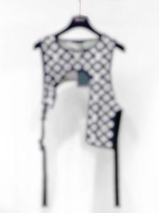 2020 Frühlings- und Sommer Sieg Weste Jacken beiläufige Street Fashion Taschen Warm Männer Frauen Paar Outwear eine Größe für freies Schiff 0395