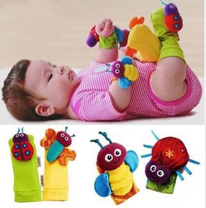 Chocalho do bebê Meias Bonito Infantil Foot Finders Bebê Handbells Brinquedos Do Bebê Recém-nascido Animais Dos Desenhos Animados Chocalho Pulseiras de Pulso Chocalho Pé Finder 250