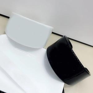 6.5X3.5 CM taladro de agua en blanco y negro letra C pulsera moda europea y americana anillos de mano accesorios de joyería regalo vip 2 unids / lote