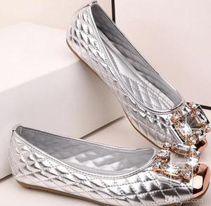 2019 hot designer roll-up in metallo fibbia di lusso in tela genuina Le ballerine in pelle firmate slip su mocassini casual da donna scarpe da donna