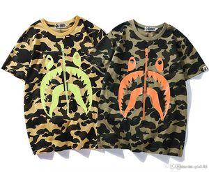 Mens t shirt di design APE Camouflage Magliette OFF Shark Printing T-shirt White Mens Leisure girocollo sciolto maniche corte FOG
