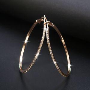 Pendientes de aro de moda 2018 con pendientes de círculo de diamantes de imitación Bucle de círculo dorado simple de círculo grande para mujeres