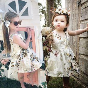 INS neonate vestiti floreali estate Canotta Flower Skirt bambini principessa Button Dress festa di compleanno Abbigliamento bambini 80-120cm A3123