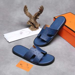 Uomo donna fashion designer Beach Slide Sandali Medusa Scuffs 2019 Pantofole nero Red Beach Fashion slip-on designer uomo misura sandalo