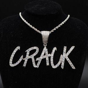 Gli amanti personalizzati Nome Iced Out Twist fascini Lettere pendenti della catena degli uomini di zircone gioielli Hip Hop con il regalo di torsione a catena