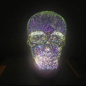 Nuovo design e alta qualità 3D LED Skull Light con base in legno per Hallowmas e decorazioni natalizie