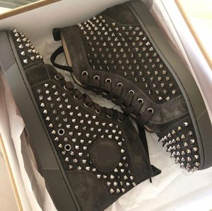 Fashion Luxury Red Bottom Men Women Casual Spikes Rivets Grey Suede Leather Sneakers Shoes Hot SALE Couple Skateboard Sports