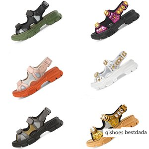 Designer riveted Sports sandals Luxury diamond brand male women's leisure sandals fashion Leather outdoor beach Man Women shoes