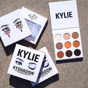 Kylie Marka 3 Stilleri Makyaj Göz Farı 9 Renkler Göz Farı Gül Altın Remastered Dokulu Mat Pırıltılı Göz Farı Paleti
