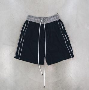 Mens Designer Summer шорты брюки Патрика 20SS 3M Reflective Strip Side Stripes письмо Версия для печати Повседневная мода Drawstring шорты Фитнес