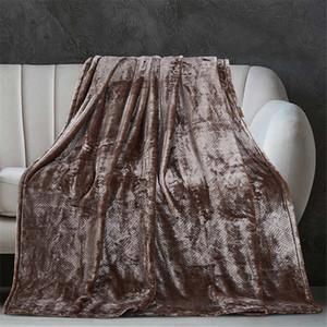 4 colori Coperta 130 * 150cm Corallo molle velluto telo mare Coperte aria condizionata Tappeti confortevole Carpet 4 colori