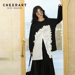 Cheerart Ruffle sudadera manga larga remiendo negro y blanco sueltos Hoodies Oversized Hoodie Pullover Streetwear