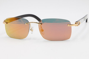 Venta al por mayor nuevo estilo 8200759 Gafas originales de rayas verticales blancas y negras naturales cuerno de búfalo sin montura gafas de sol unisex 2020 de la lente gris