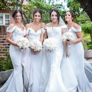 2020 Chic Off The Shoulder Mermaid Bridesmaid Dresses Appliques Satin Backless Long Maid Of Honor Gowns Party Dresses Sweep Train