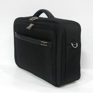 Designer-Newcom 18L clássico Waterproof Grooming Bag Men Nyloon Concise Pasta para viagens a negócios de grande capacidade saco de laranja Preto