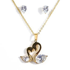 Nouveau Bijoux Swan Titane Acier Boucles Goujons Collier avec pendentif Ensemble fête de fiançailles de mariage Zircon amant Cadeaux d'anniversaire